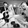 krojenie tortu - zdjęcia ślubne