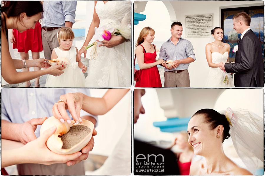 oryginalne podanie obrączek ślubnych