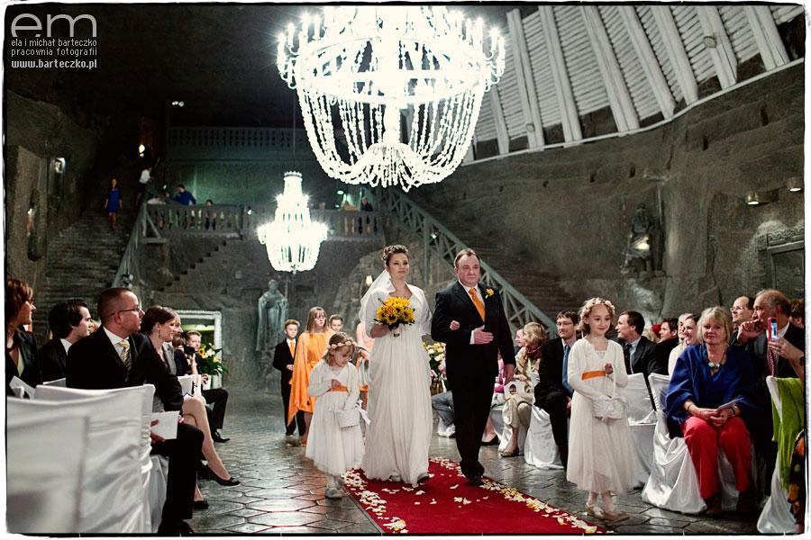 ceremonia ślubna wkopalni soli