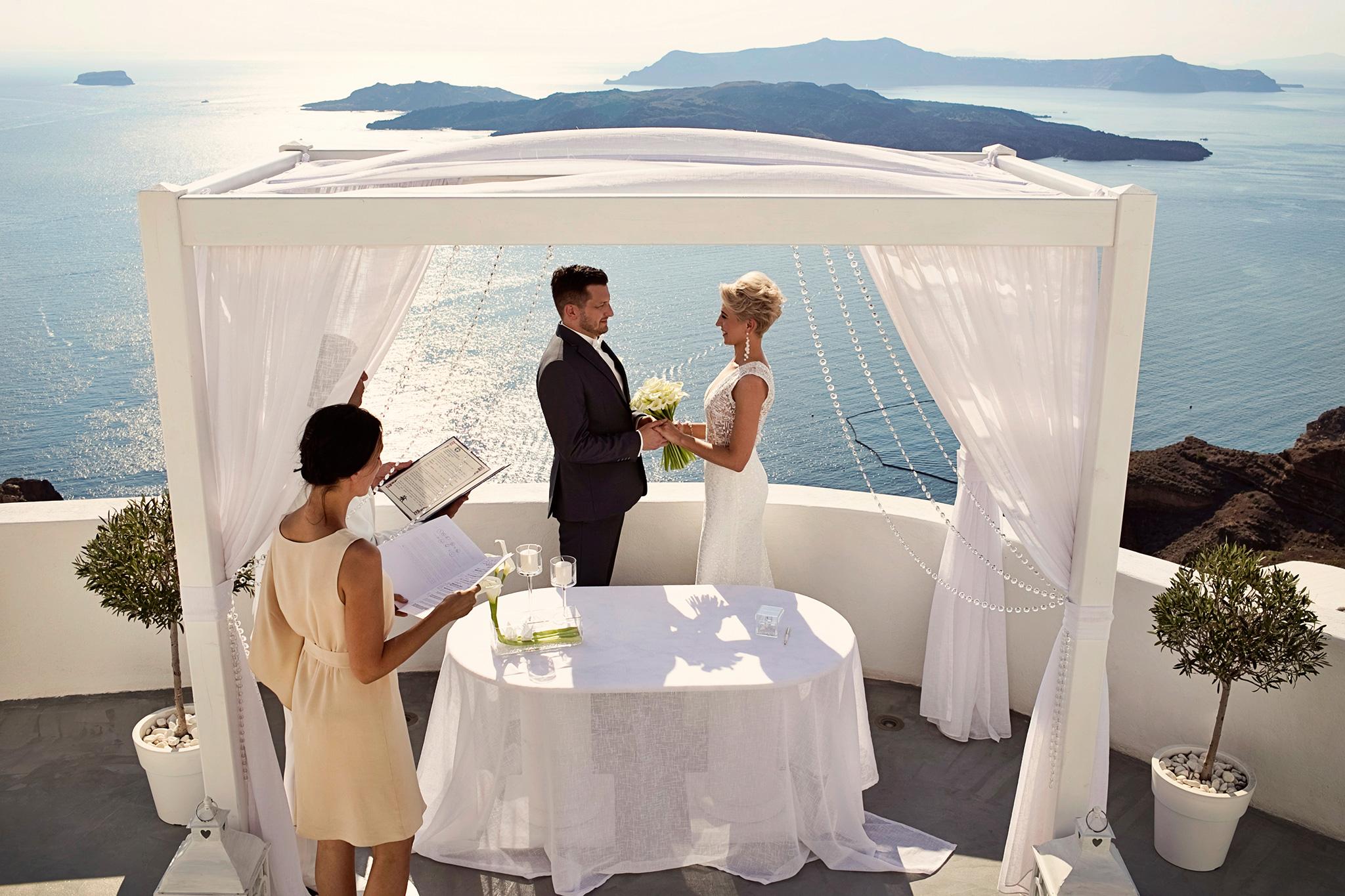ceremonia ślubna na Santorini